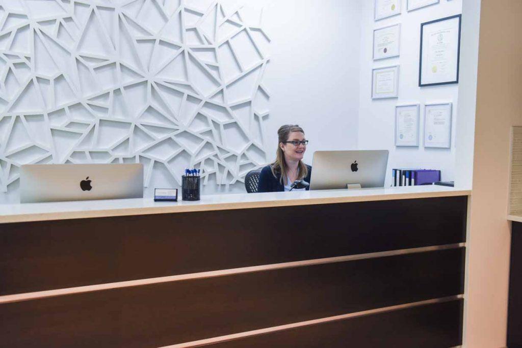 Reception   West Calgary Periodontics