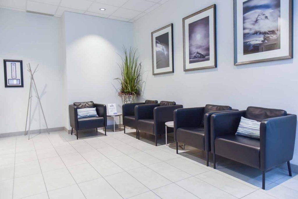 Waiting Area Reverse   West Calgary Periodontics